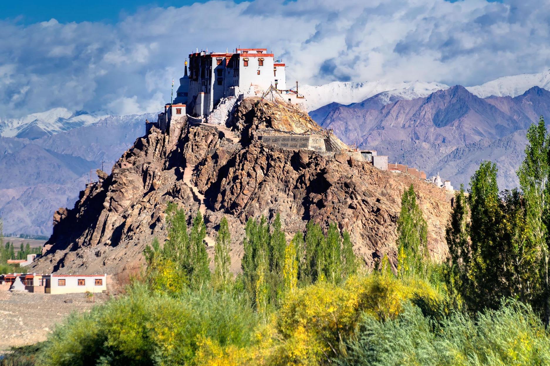 monasterio de hemis