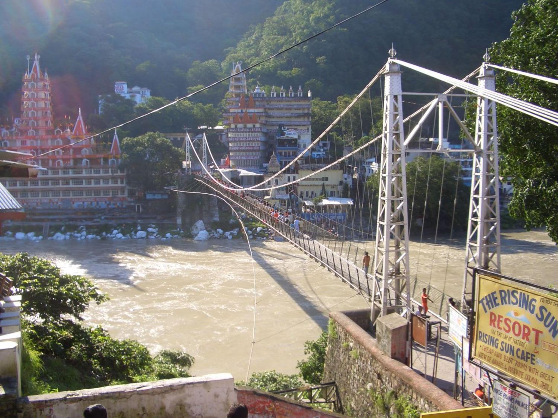 puente colgante de Rishikesh