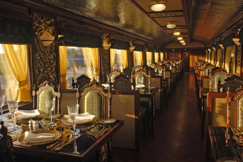 salón-comedor del Maharajas Express